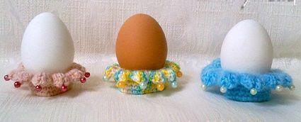 вязанная-подставка-под-пасхальное-яйцо-своими-руками14