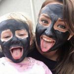 черная маска для очистик кожи и пор на лице