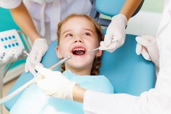 У ребенка не растут новые зубы вместо вырванных –