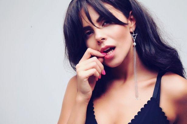 Настя Каменских прокомментировала обвинение в плагиате песни #этомояночь