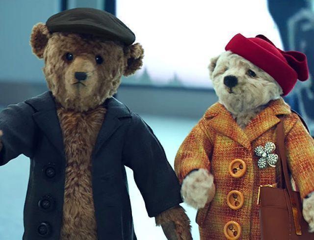Плюшевые мишки вернулись: аэропорт Хитроу выпустил очередной трогательный рождественский ролик
