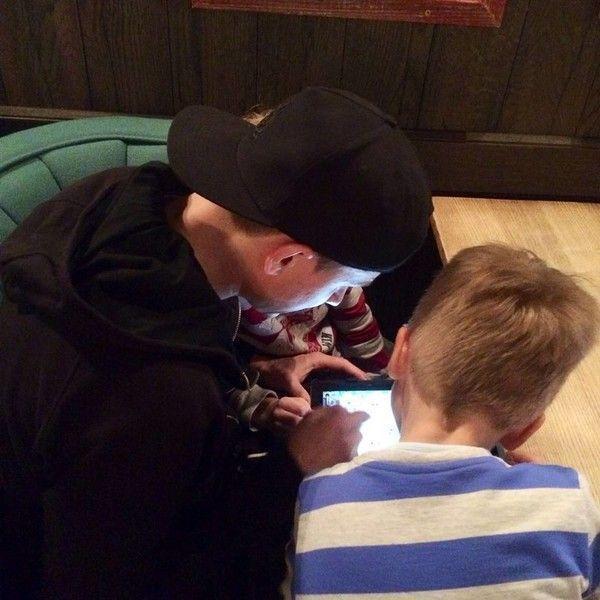 Вячеслав Мясников: «Покупаю игрушки для сыновей, а играю сам»