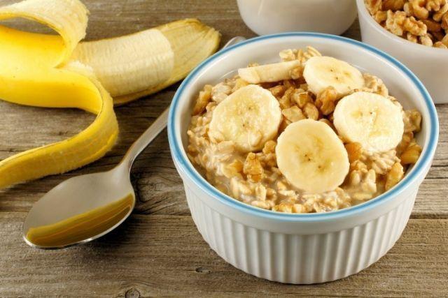 5 небанальных рецептов овсянки, которые разнообразят ваше утро