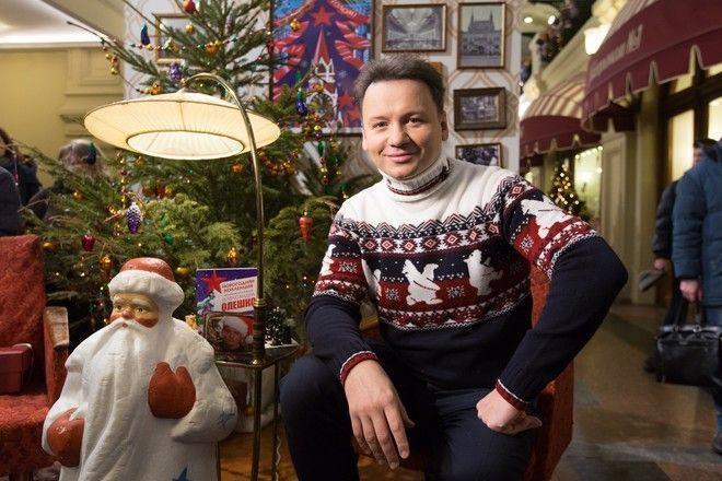 Александр Олешко собрал новогоднюю машину времени