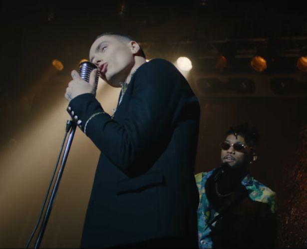 """Группа Quest Pistols Show и Constantin показали свои чувства и эмоции: премьера клипа """"Убью"""""""