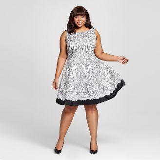 Выбрать платье большого размера