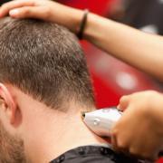 Какая машинка подходит для стрижки волос в домашних условиях?