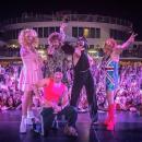 Backstreet Boys переоделись в Spice Girls