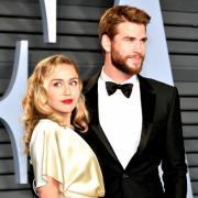СМИ: Майли Сайрус и Лиам Хемсворт сыграли тайную свадьбу в стиле хиппи