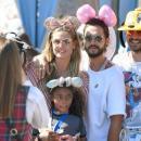 Хайди Клум познакомила бойфренда с детьми и повеселилась в Диснейленде (ФОТО)