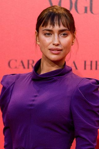Ирина Шейк в «платье училки» стала самой безвкусной звездой Vogue Party