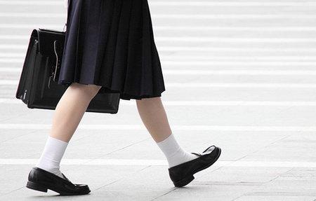 Правила выбора модной обуви для девочек
