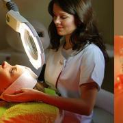 В чем помогает косметолог?