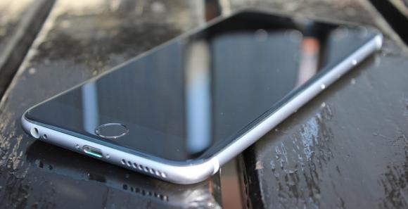 Смартфон. Перчатки для смартфонов и другие аксессуары