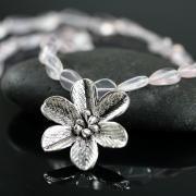 Какому знаку зодиака подходит серебро?