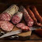 Налог на колбасу: приучать к здоровому питанию будут рублем