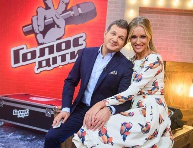 Телеведущая Катя Осадчая беременна третьим ребенком?