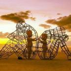 Все мы родом из детства. Как появляются психологические проблемы: колонка Романа Кузнецова
