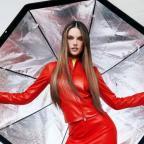 В модных образах и необычных позах: Алессандра Амбросио снялась для Harper´s Bazaar (ФОТО)