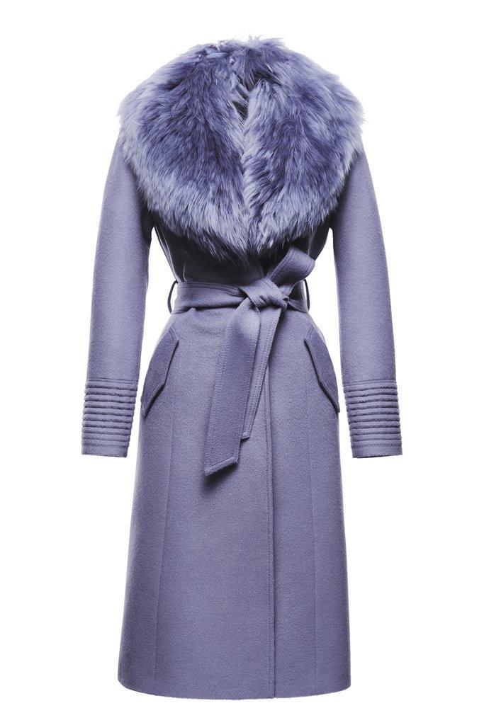 Как выбирать пальто с мехом?