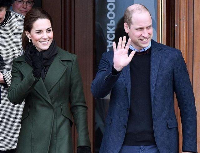 Кейт Миддлтон и принц Уильям прибыли с официальным визитом в Блэкпул (ФОТО)