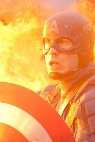 10 супергероев Marvel, сердце которых свободно
