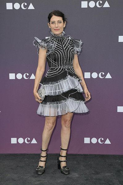 Кадди из «Доктора Хауса» вышла в свет в нелепом детском платье