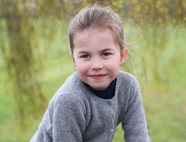 Принцессе Шарлотте исполняется 4 годика: новые портреты малышки (ФОТО)