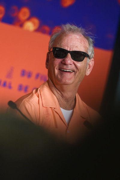 Билл Мюррей признался, что снимается в кино за подарки