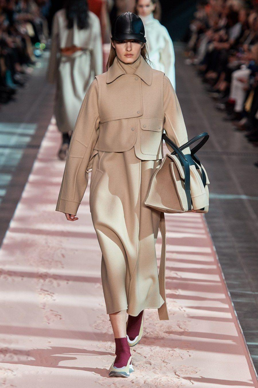 Одежда для женщин осень-2019 и зима-2020