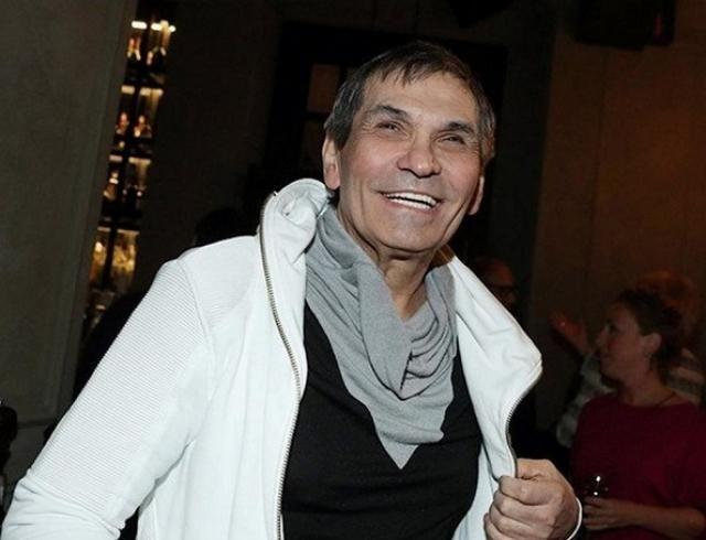 Переодевался и следил: Бари Алибасов однажды отрепетировал свои похороны