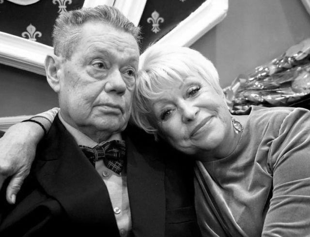 """Жена покойного Николая Караченцова: """"Я тоже умру и приду к нему"""""""
