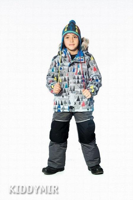 Процесс выбора детской одежды зимой
