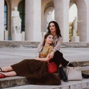 Семейная коллаборация: Кэтрин Зета-Джонс снялась в ролике Fendi со своей дочкой (ФОТО+ВИДЕО)