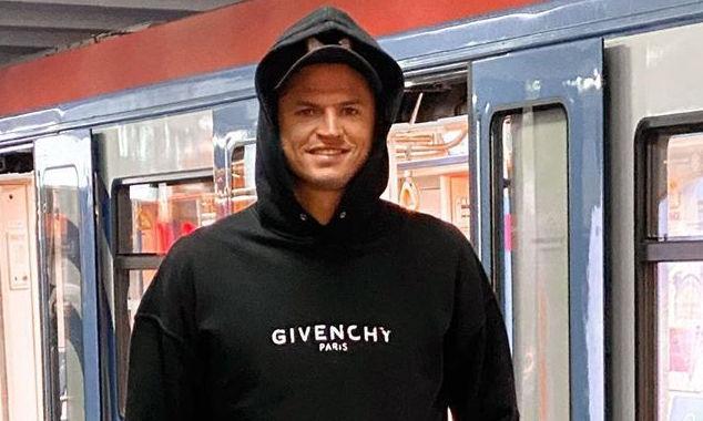 Ничто не чуждо: звезды, которые ездят в метро