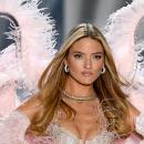 «Ангел» Victoria's Secret Марта Хант объявила о помолвке