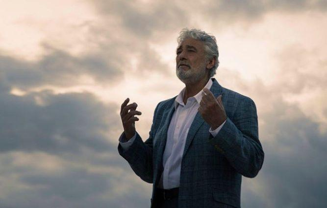 Пласидо Доминго сражается с коронавирусом: артист обратился к поклонникам