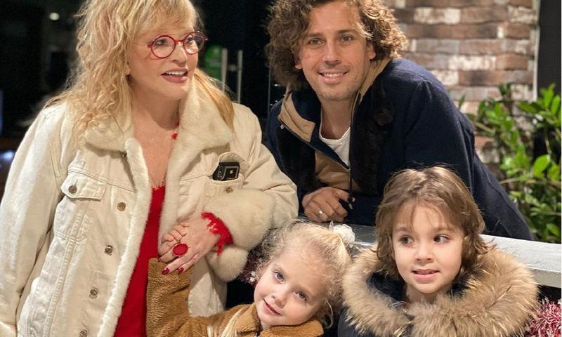 Максим Галкин показал архивное видео с крошечными Гарри и Лизой