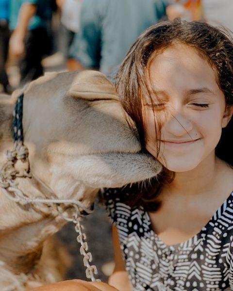 Вот это гены: 12-летняя дочь Дженнифер Лопес написала книгу