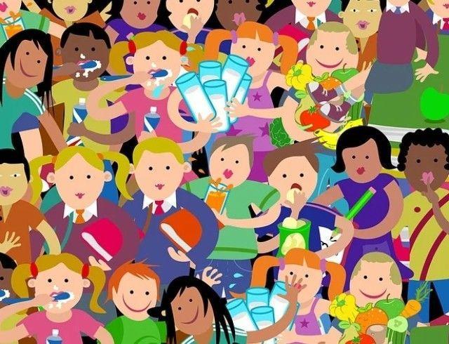 """Международный день защиты детей: ведущие """"Интера"""" рассказали о своих захватывающих детских приключениях"""