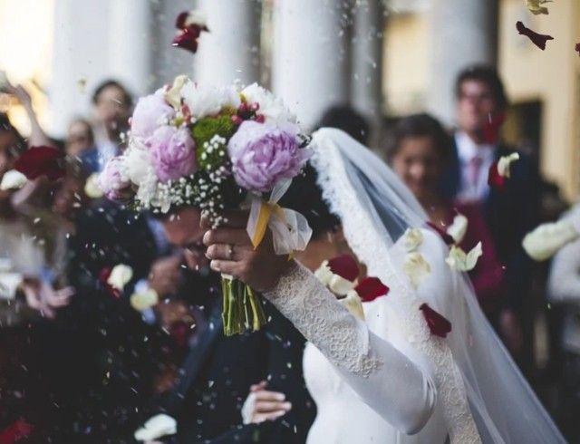 Все, что вы хотели знать про неравный брак: отвечает психолог Елена Шершнёва