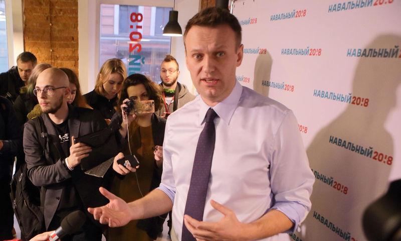 СМИ: Навальный пришел в сознание и рассказал про свое отравление