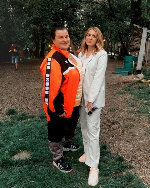 """Против женского насилия и унижения: alyona alyona выпустила клип """"Сумно"""" совместно с Анастасией Луговой"""