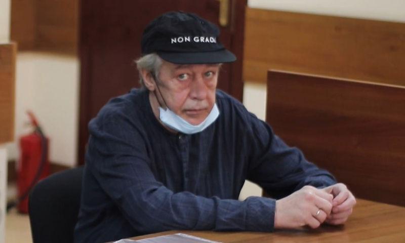 Зачем Ефремов поменял адвоката Пашаева на адвоката Пашаева