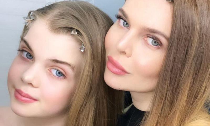 Пропавшую дочь Надежды Славиной нашли в подъезде